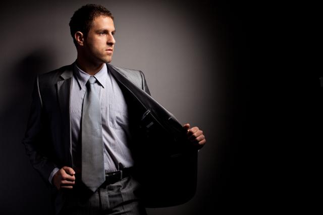 Kostym, skjorta och slips